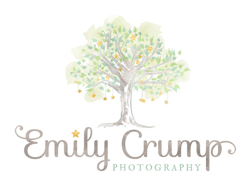 Emily Crump Photography | Houston's Premier Newborn Baby and Children's Photographer logo